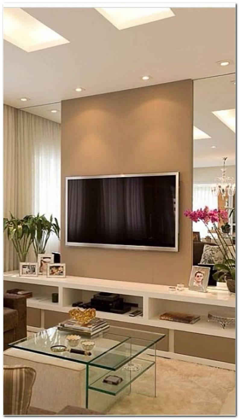 Sala De Tv Com Papel De Parede E Espelho