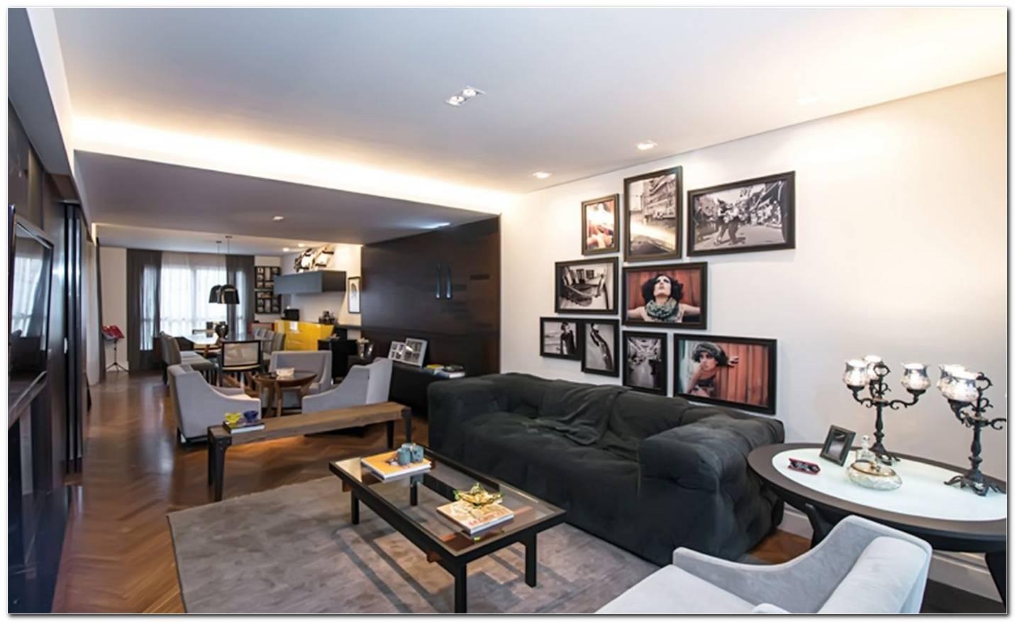 Sala De Tv Com Sofa Escuro