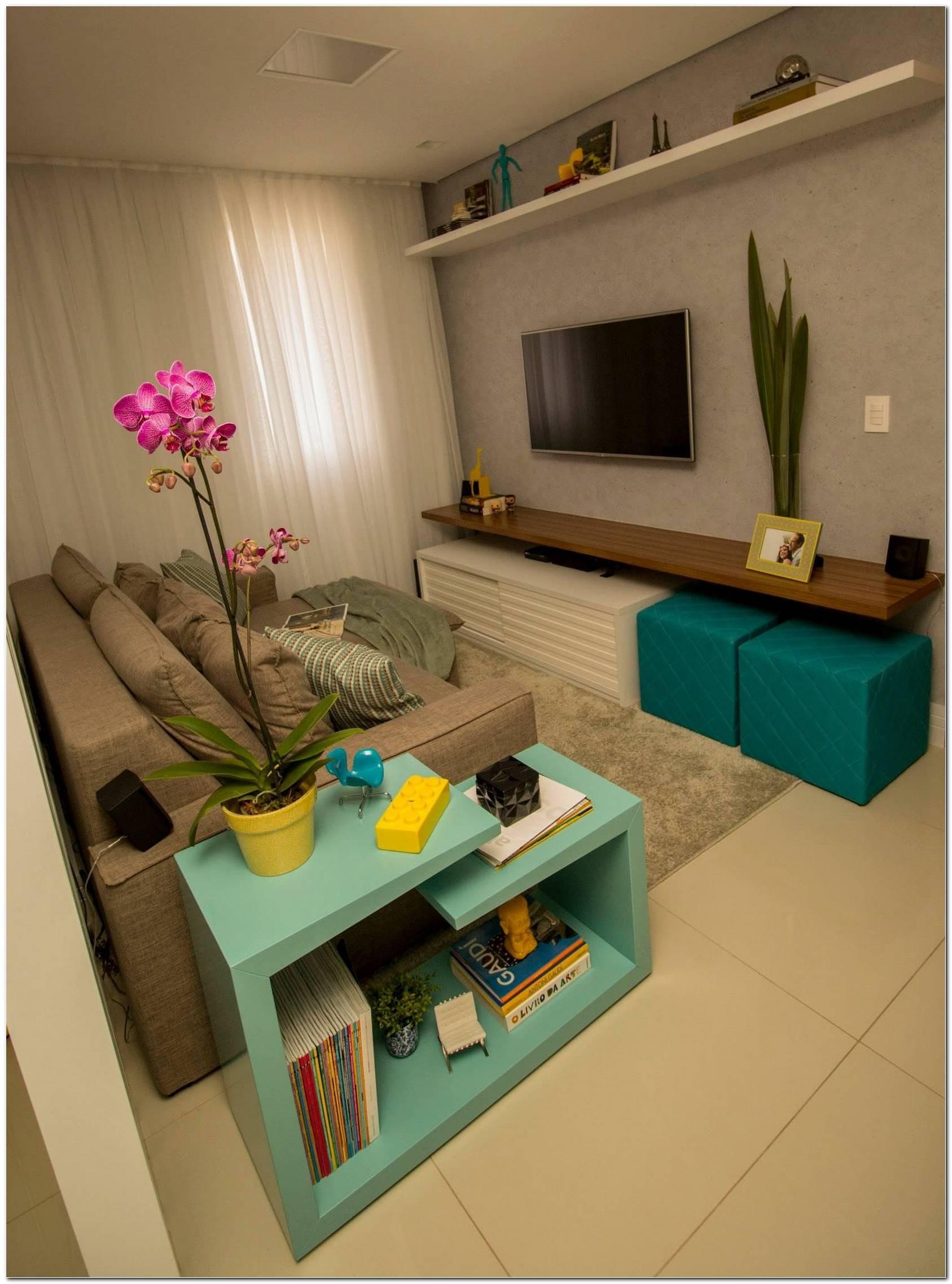 Sala De Tv Pequena Com Mesa