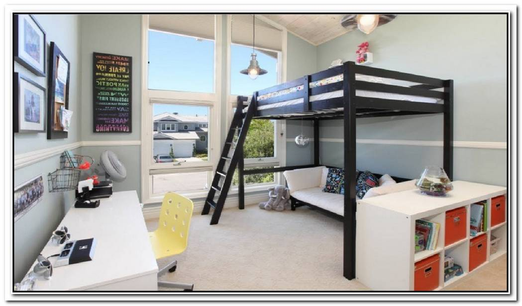 Saving Space And Playful Bunk Beds