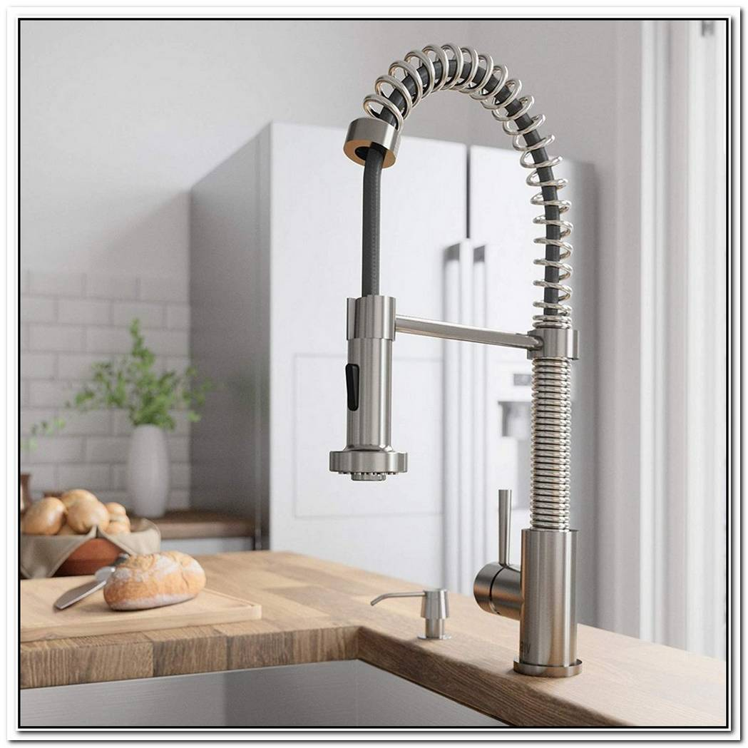 Simple And Stylish Kitchen Faucets We Love