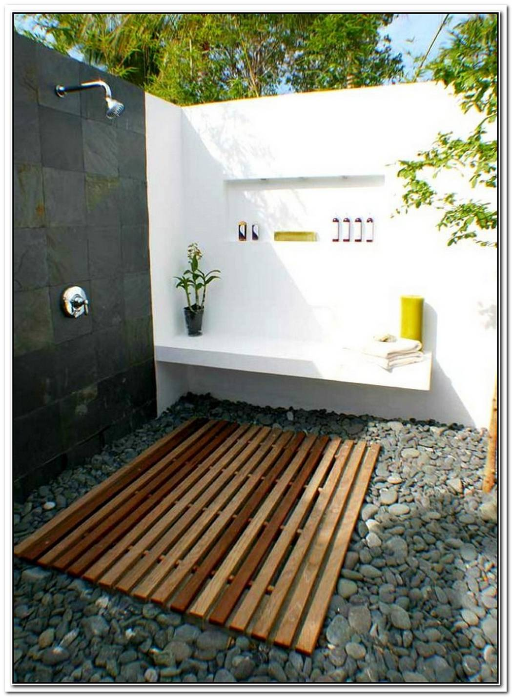 Simple Luxuries10 Killer Outdoor Showers