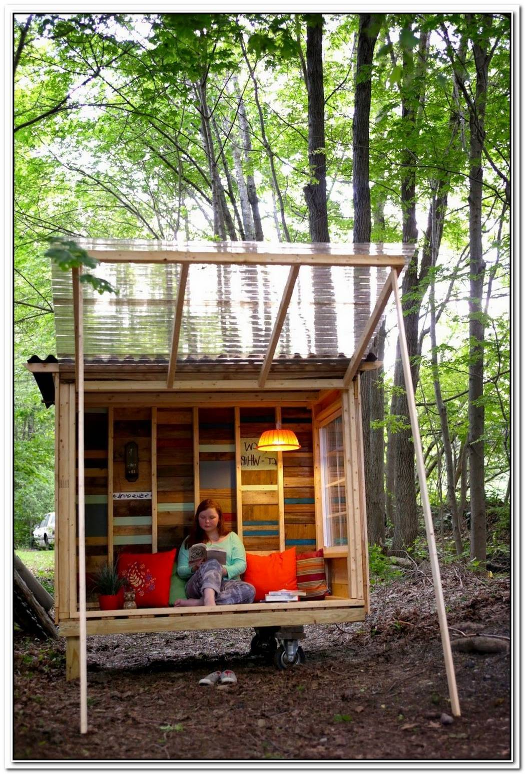 Small And Cozy Garden Hackney Shed Office