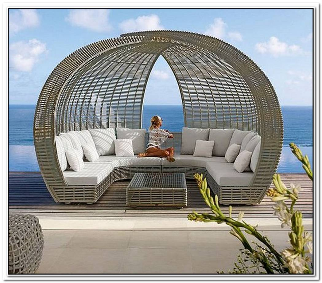 SpartanShade And IgluLuxury Lounge Daybeds From Skyline Design
