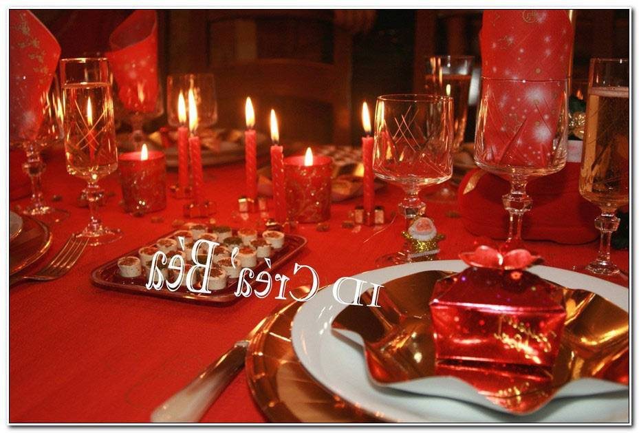 Table Noel Rouge Et Or