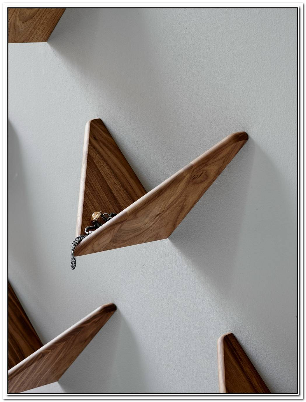 The Classic Cadovius Butterfly Shelf Makes A Comeback In 2015
