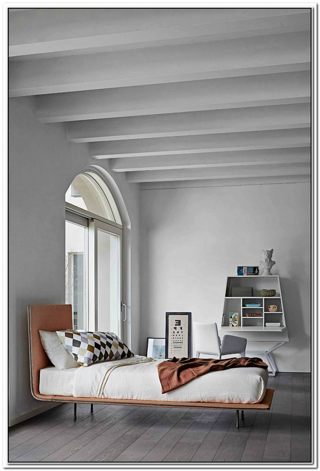 The Comfy Pad Bed By Guiseppe Viganò