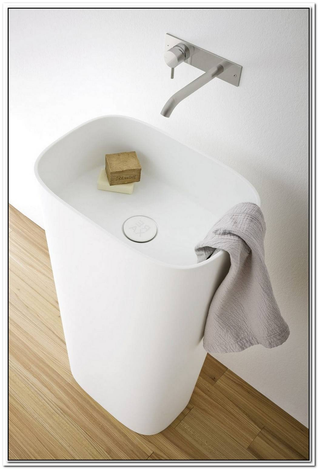 The Fonte Freestanding Washbasin By Monica Graffeo