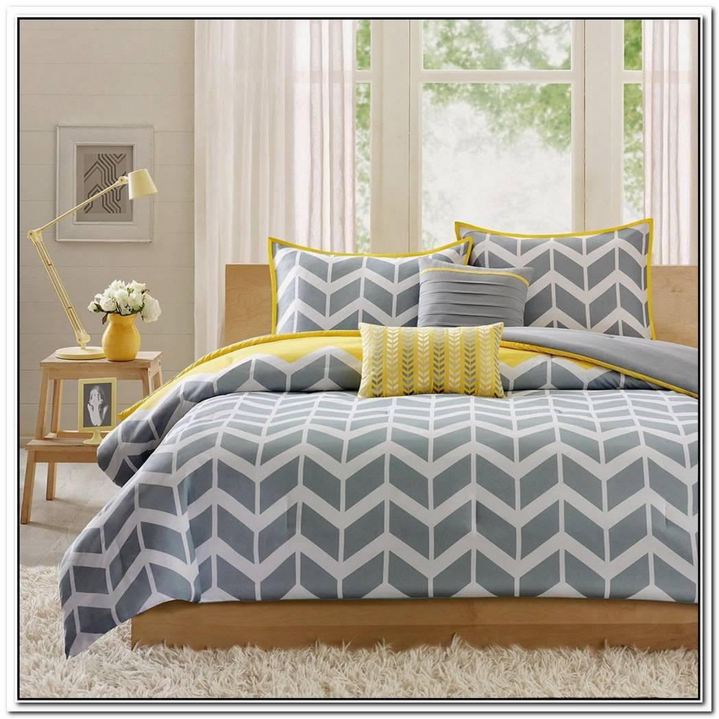 The Herringbone Bed Set