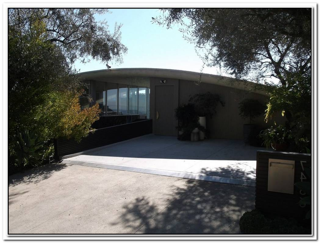 The House From Lethal Weapon 2 Is Now Renovated