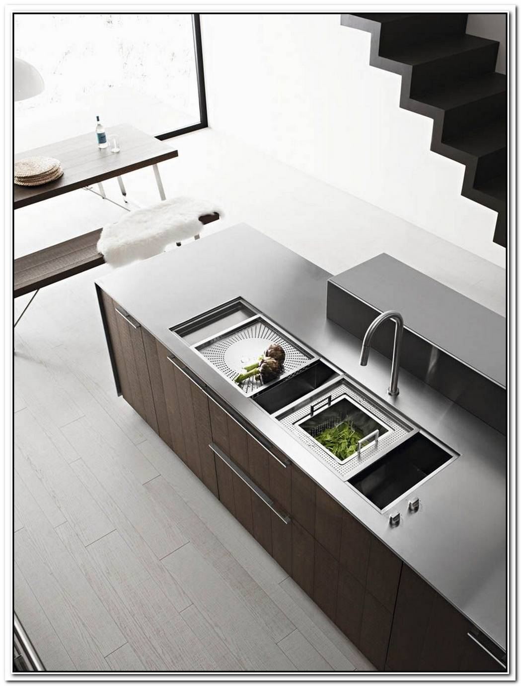 The Kalea Kitchen With Island By Gian Vittorio Plazzogna