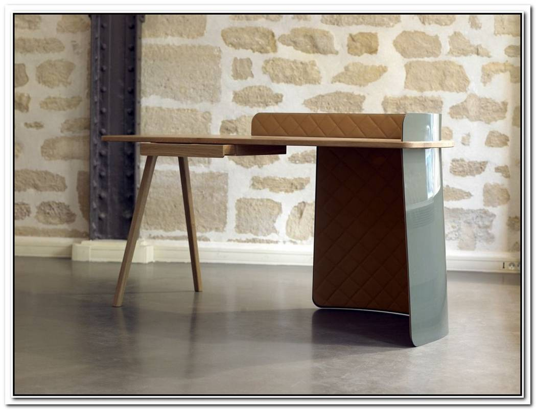 The Minimalist Big Boss Desk By Piergil Fourquie