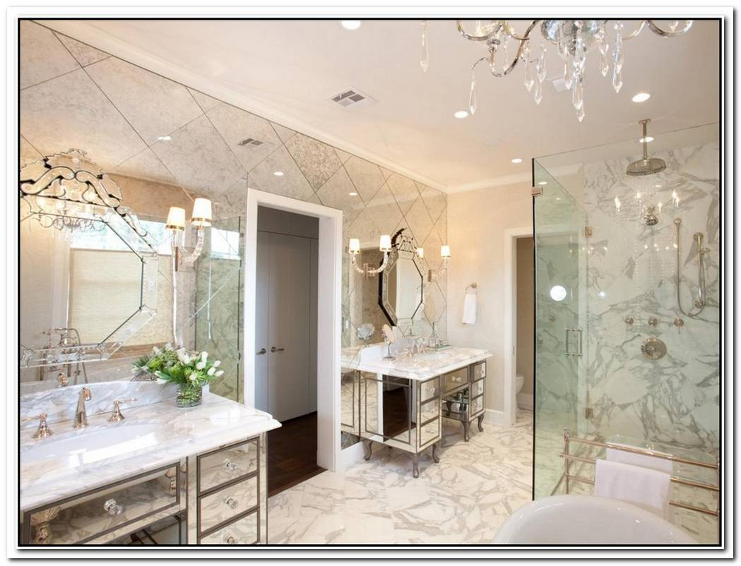 Themed Elegant Traditional Bathroom