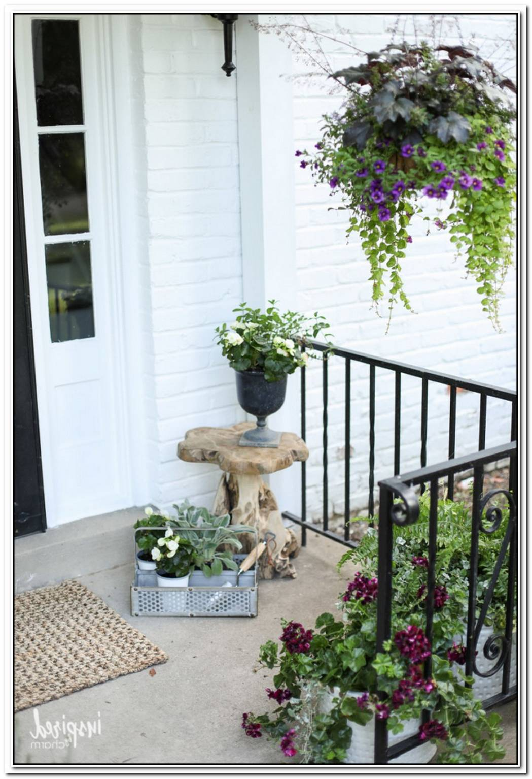 These 9 Pieces Will Finally Make Your Front Porch A Welcoming Place To Hang