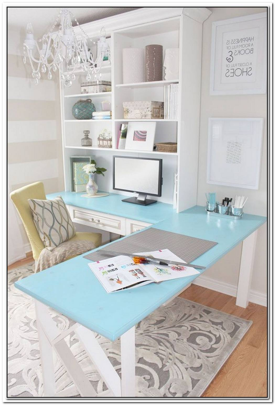 This Is How You Nail A Home Office In A Small Space