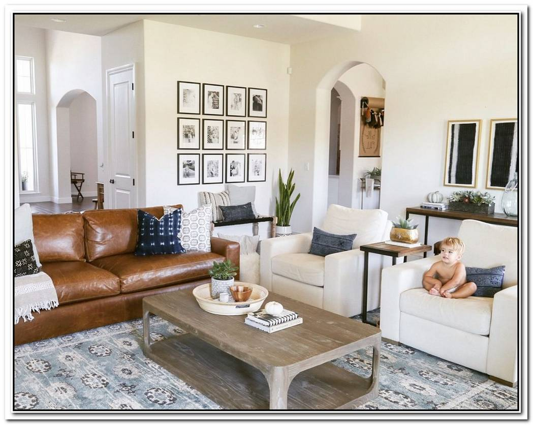 This Layered Living Room Has The Leather Couch Of Your Dreams