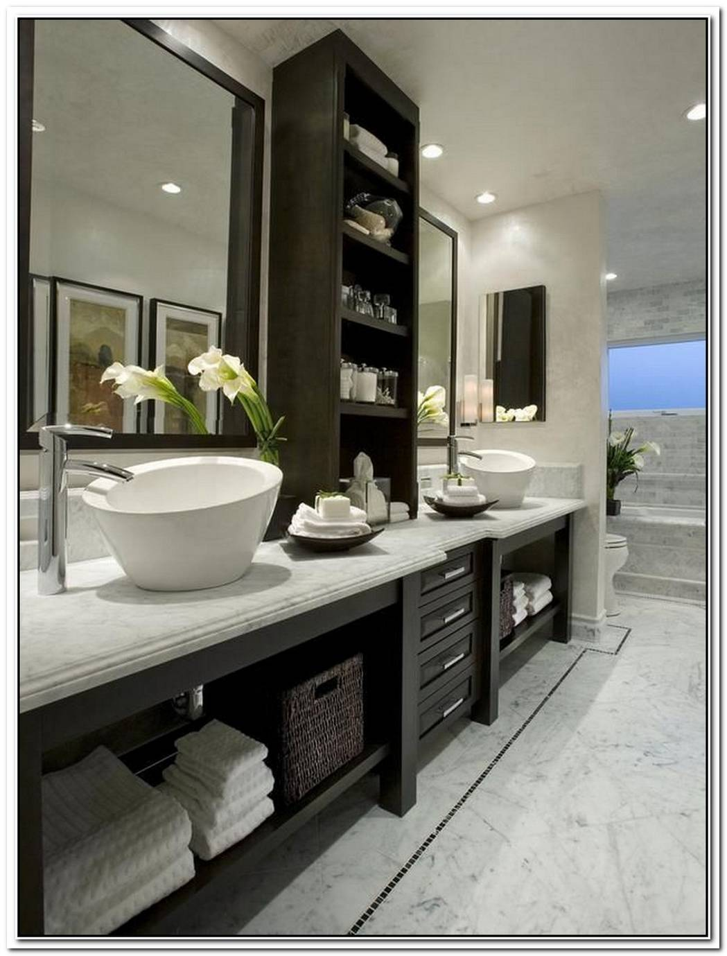 Traditional Contemporary Bathroom Colour