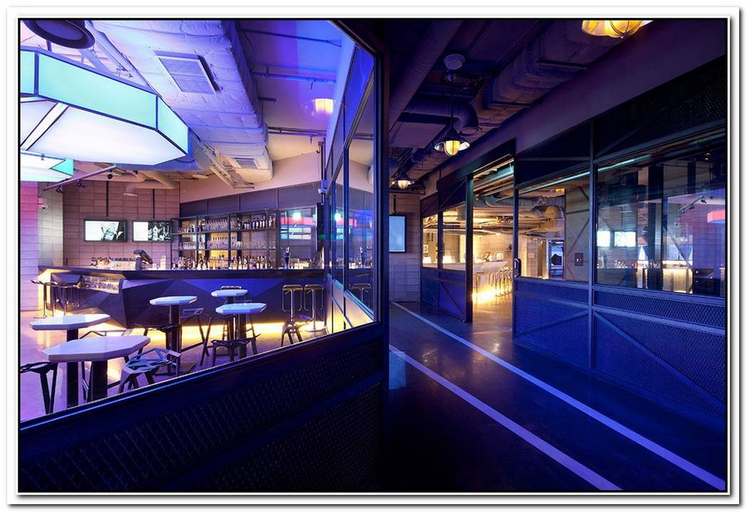 Ultra Modern Club Octagon In Seoul
