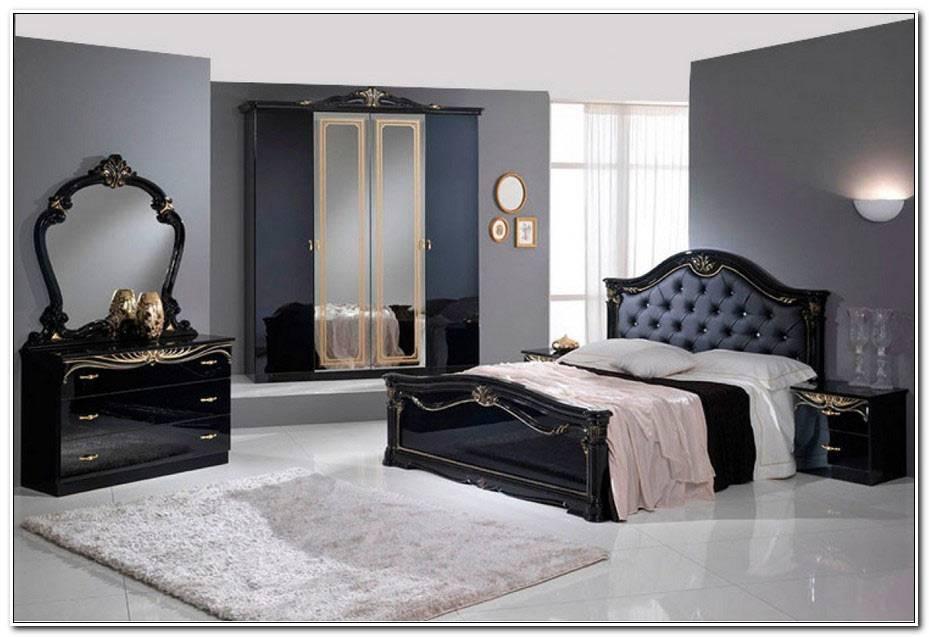 Une Chambre A Coucher