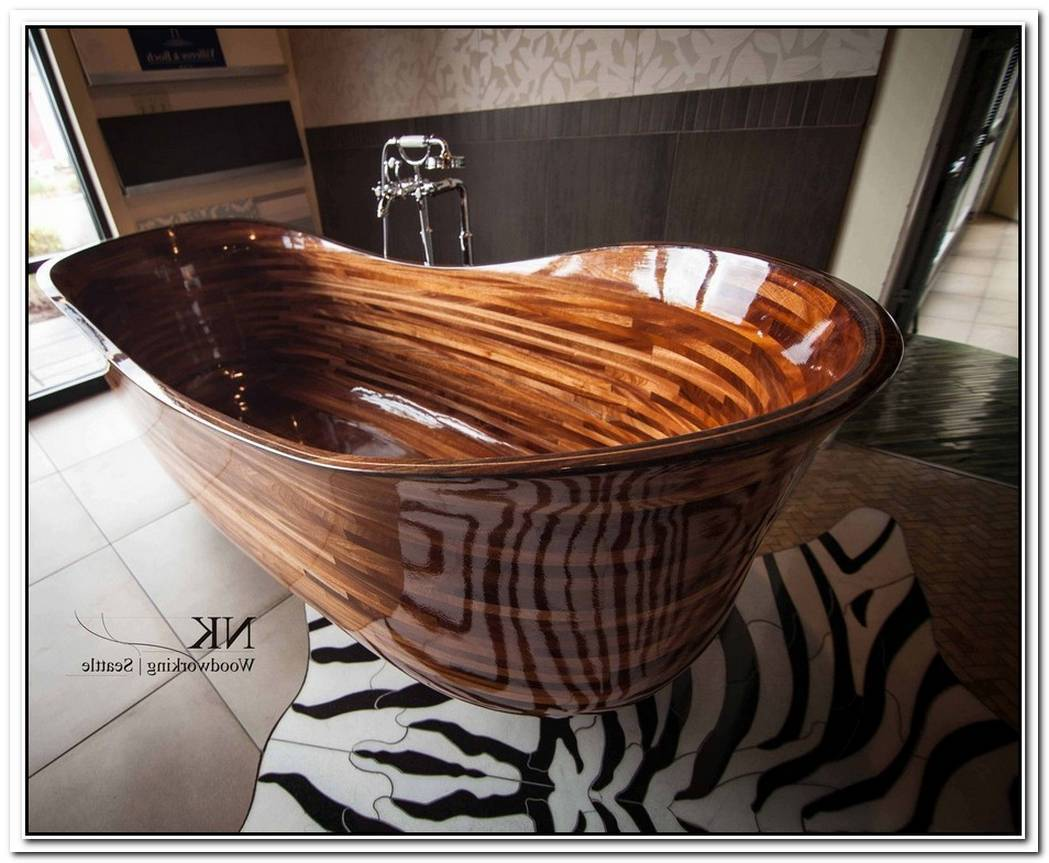 Versatile Wooden Bathtub