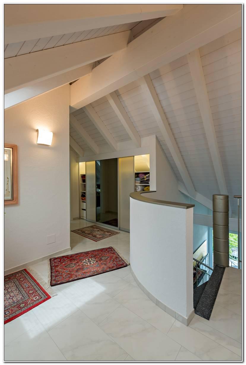 Vorzimmer mit Dachschr%C3%A4ge