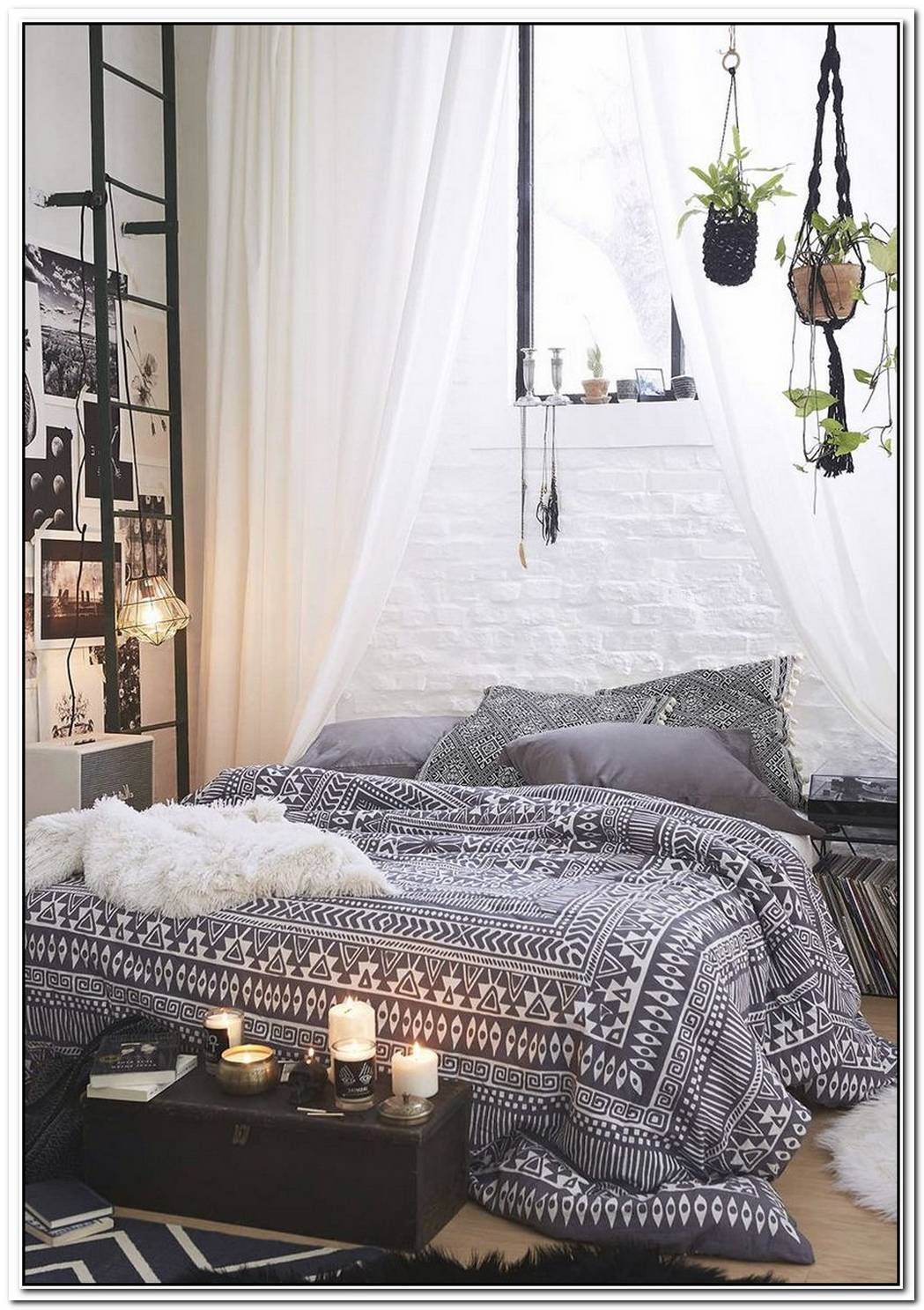 We'Re Digging This Bohemian Bedroom That Uses A Lot Of Black