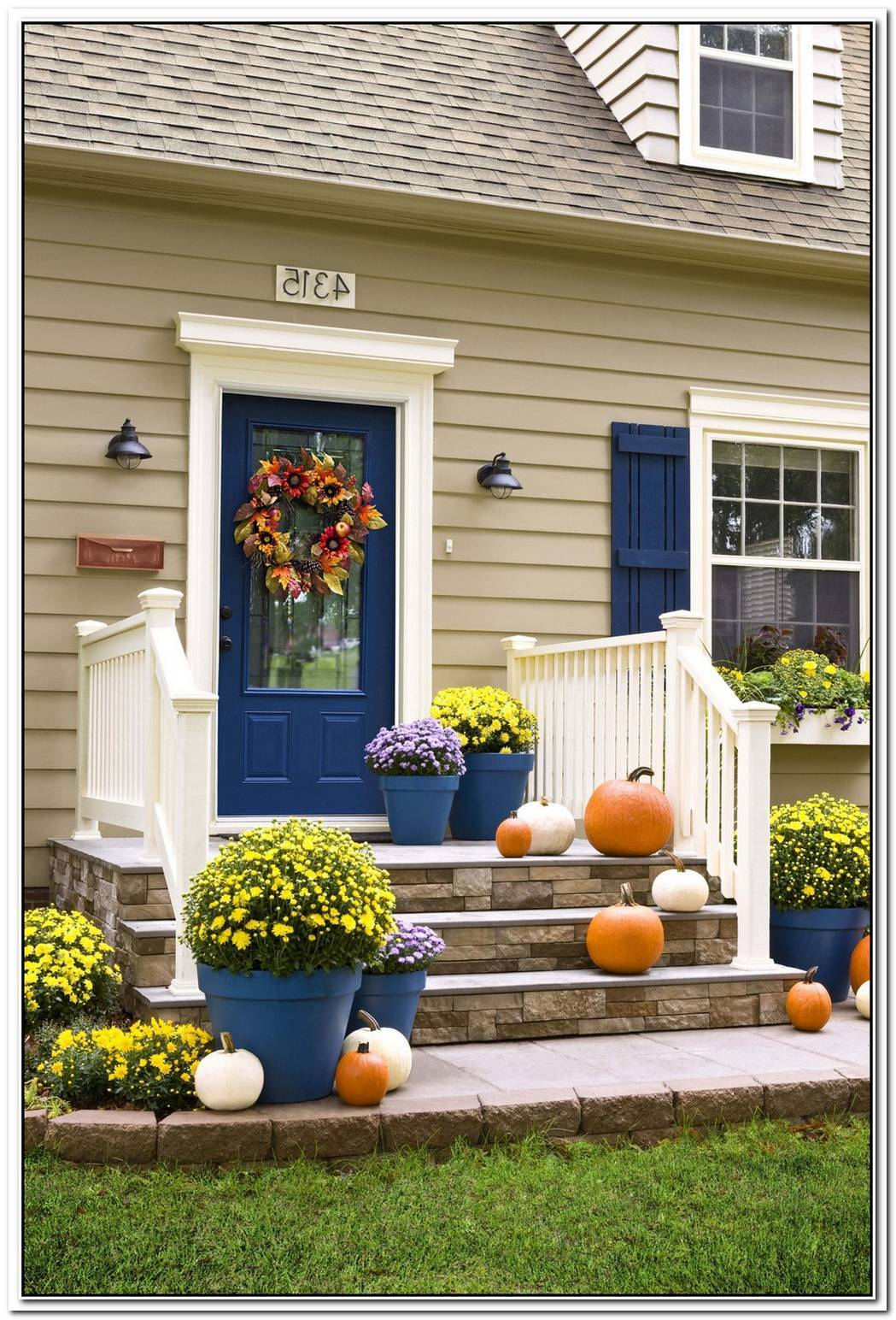 Welcome Fall Into Your Home With White Decorations That Look Amazing Anywhere