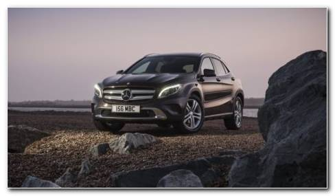 2015 Mercedes Benz GLA 250 HD Wallpaper