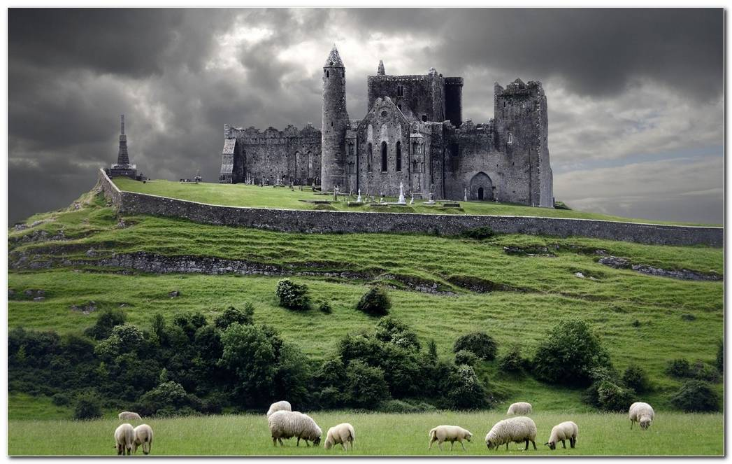 Amazing Ireland Nature Wallpaper Background Desktop Image