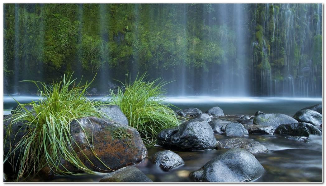 Amazing Waterfall Nature Desktop Wallpaper Image