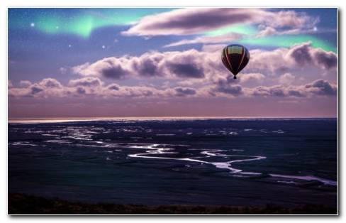 Aurora And Balloon Over Ocean HD Wallpaper