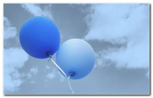Balloon Flying HD Wallpaper