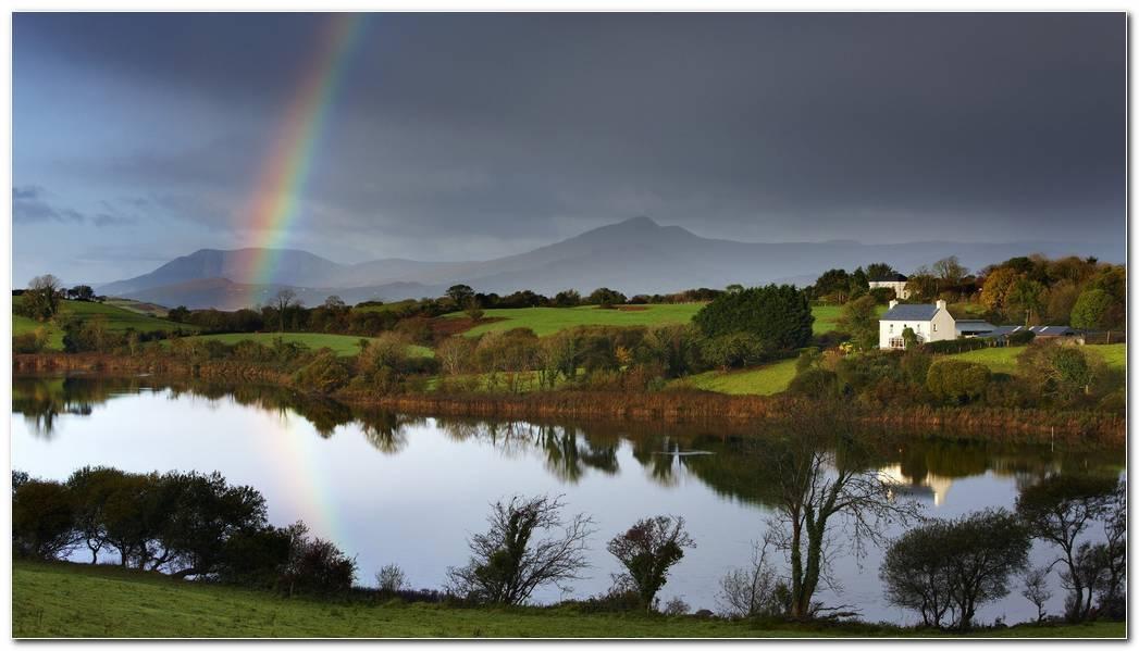 Beautiful Ireland Nature Wallpaper Background