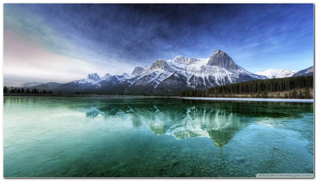 Beautiful Lake Wallpaper Background Desktop Image
