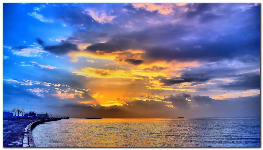 Beautiful Sea Wallpaper Background Image