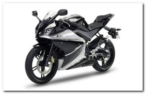Black Kawasaki Ninja 650R HD Wallpaper