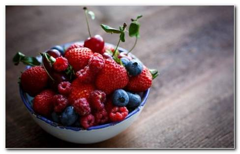 Bowl Of Strawberries And Raspberries HD Wallpaper