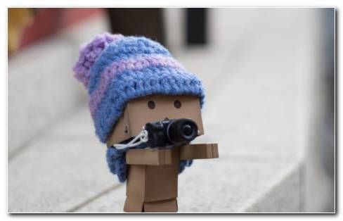 Cardboard Robot Photographer HD Wallpaper