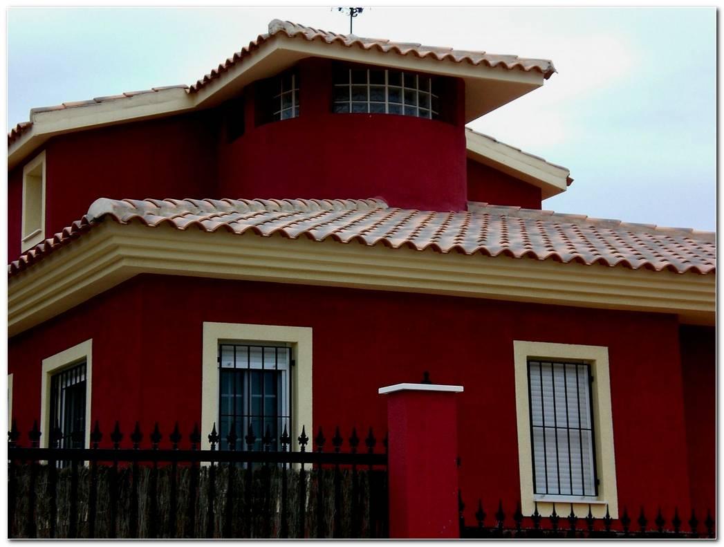 Casa Color Vino Exterior