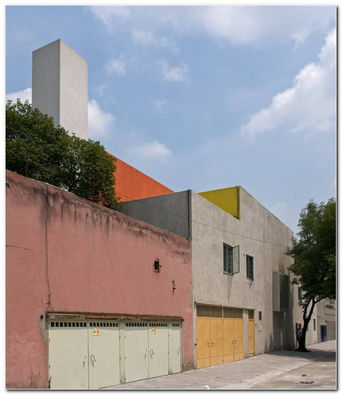 Casa Estudio Luis Barragan Exterior