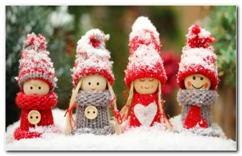 Christmas Dolls HD Wallpaper
