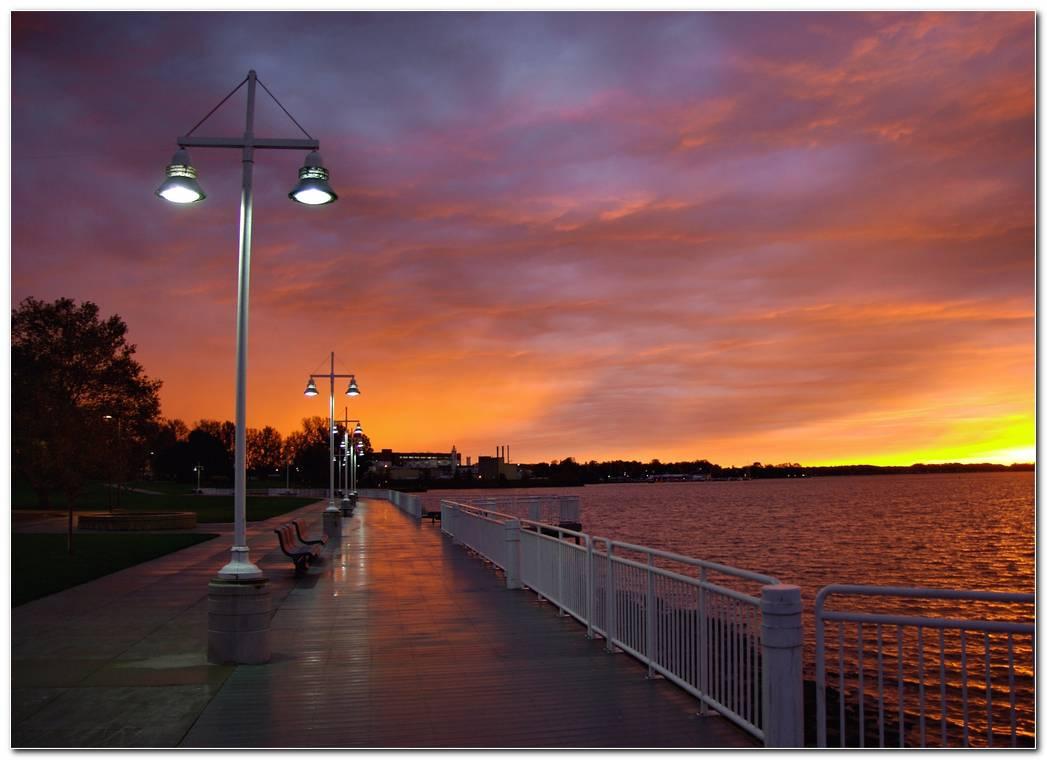City Free Sunset Background Wallpaper