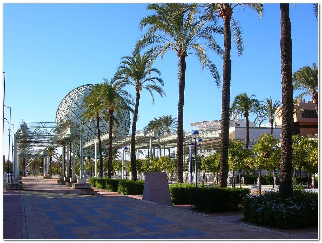 Cjardin De La Isla 6 Sevilla