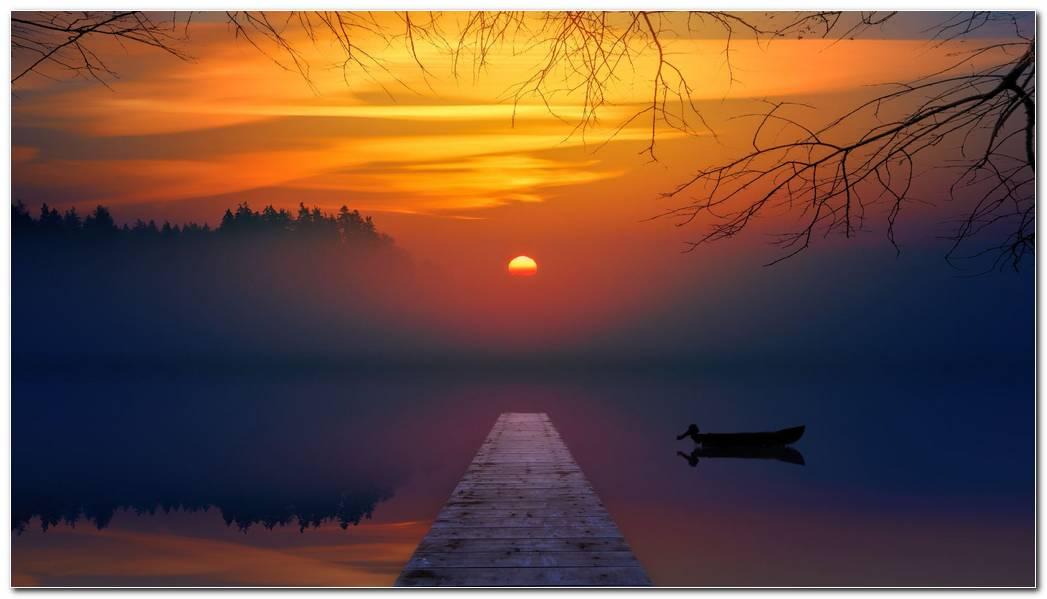 Colorful Lake Sunset Wallpaper