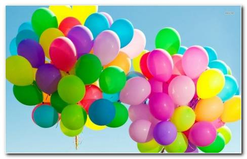 Colourful Balloons Wallpaper