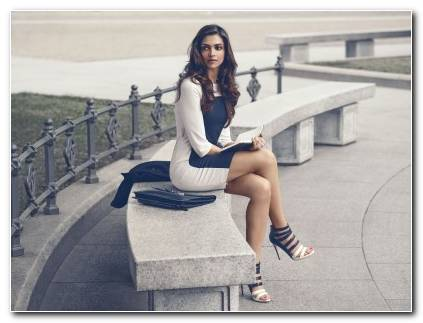 DEEPIKA PADUKONE Indian Film Actress Model