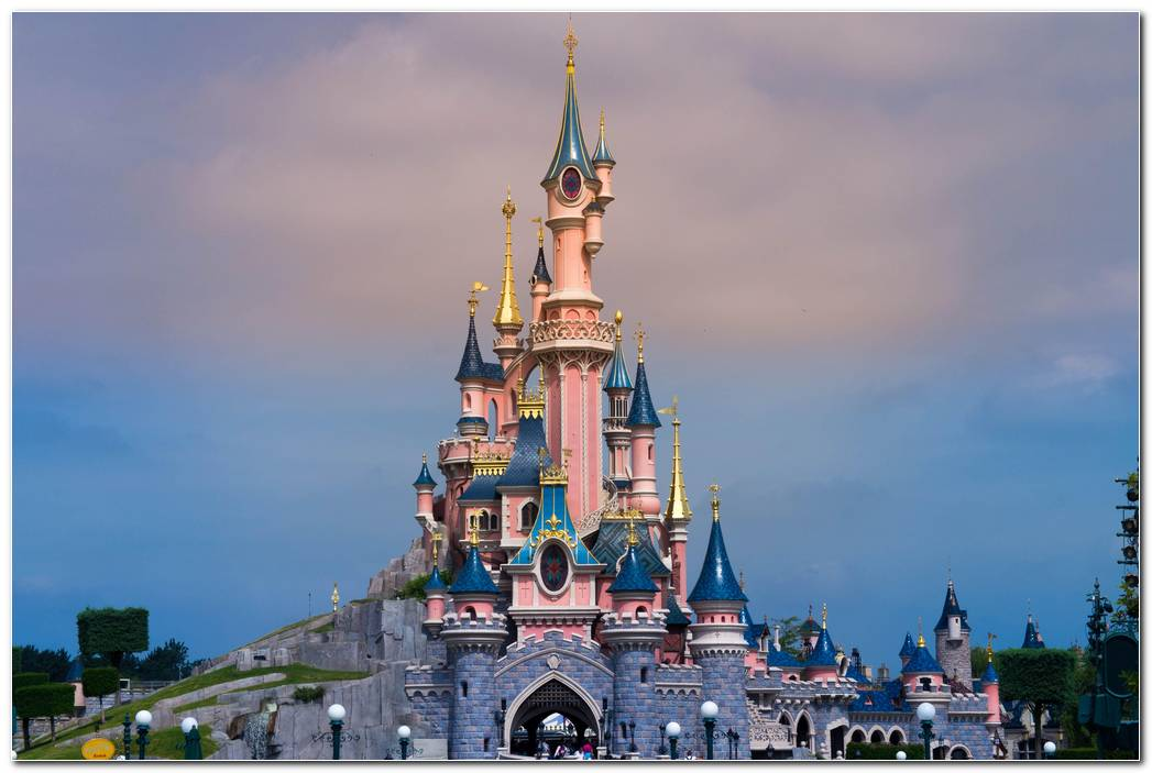 Disneyland Paris Background