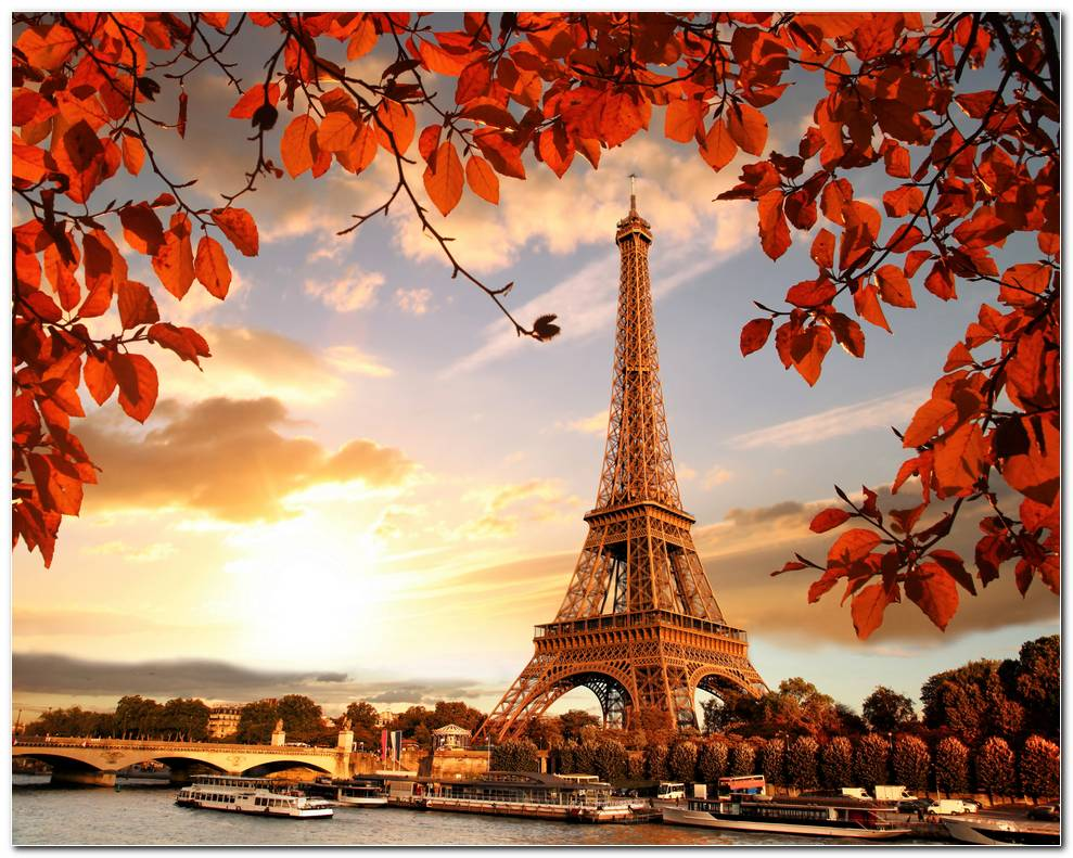 Eiffel Tower Autumn Wallpaper