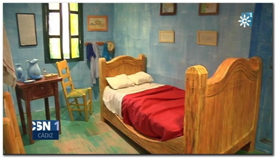 El Dormitorio De Arles