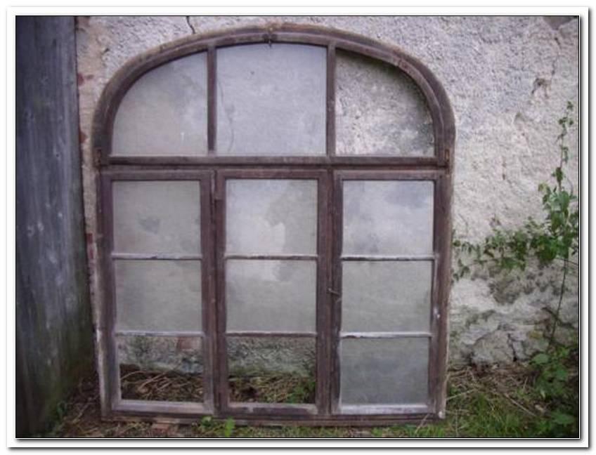 Fenster Mit Rundbogen